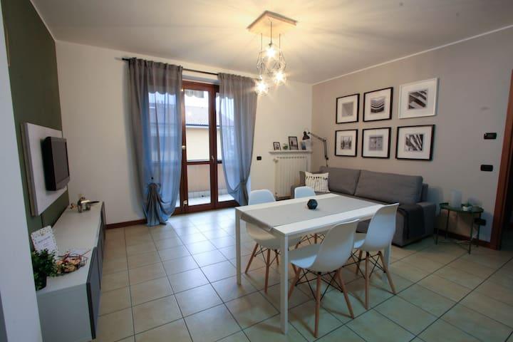 Soggiorno/Cucina - Living Room with Kitchen