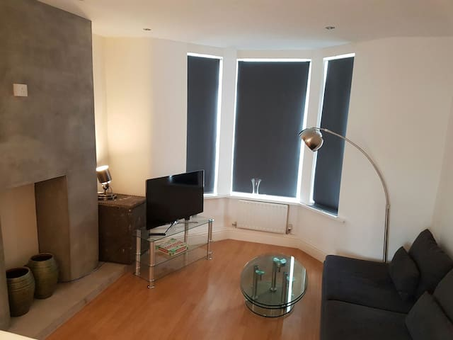 Contemporary City Apartment - Cardiff - Appartement