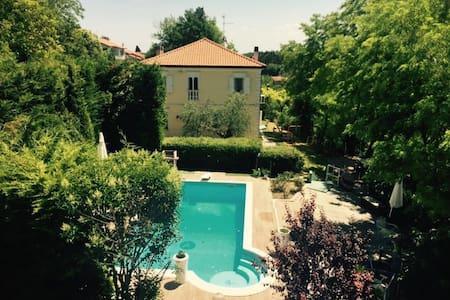 B&B Villa Le Terrazze - Mondaino - Гестхаус