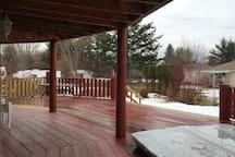 Lower wrap around deck