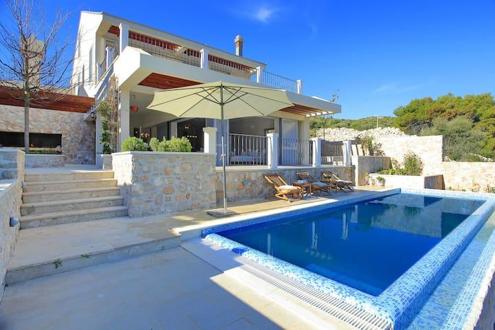 Villa Tapendale