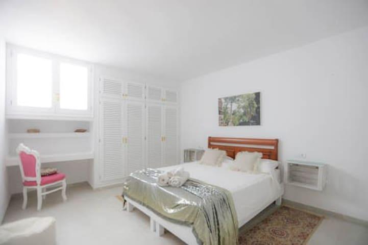 Cosy Room in a Bohemian Villa Ibiza.