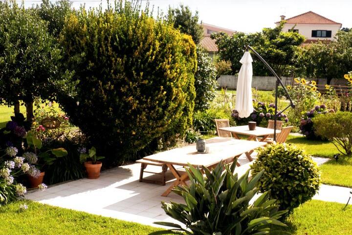 SwaraSlowLiving Home: Garden to table, Yoga & more