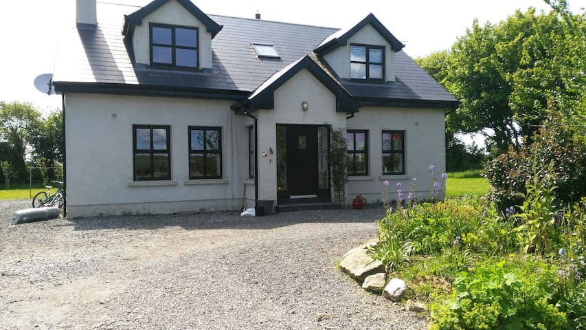 willow lodge house to let - Raharney
