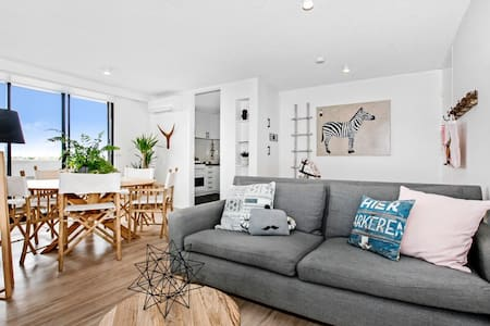 5 star luxe - Beach & city views - Saint Kilda West - Apartemen