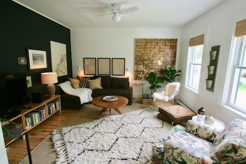 So Cool Studio Village Apartment