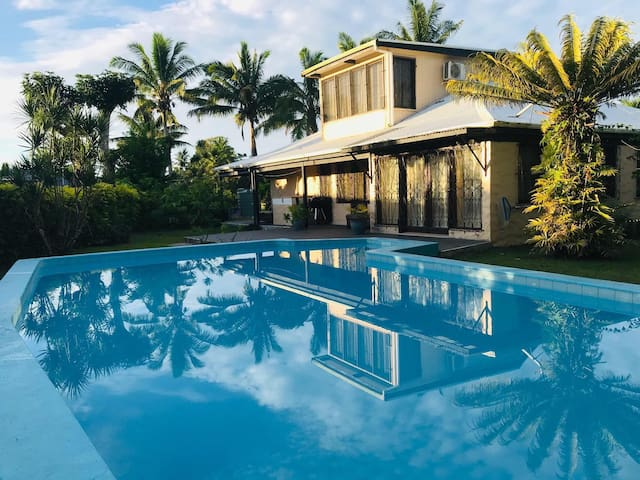 Hibiscus Drive Villa for the whole family
