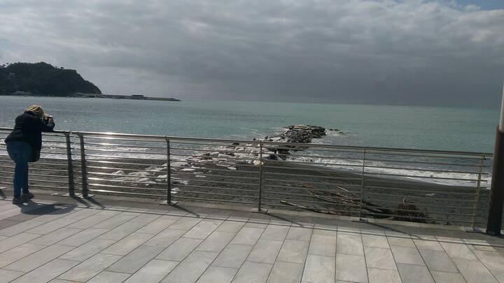 Al mare a Sestri Levante.