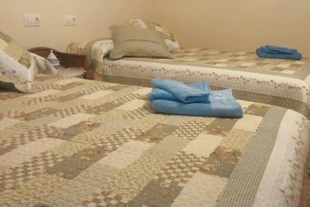 habitación en Cervo.cama de matrimonio,baño,cocina - Cervo - Haus