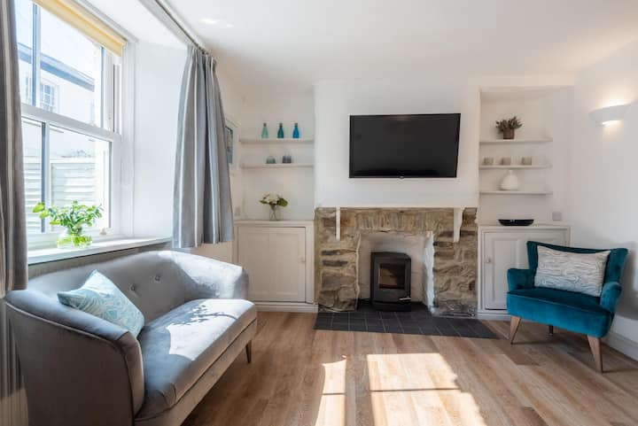 Beautiful Cottage in St Agnes with Free Parking