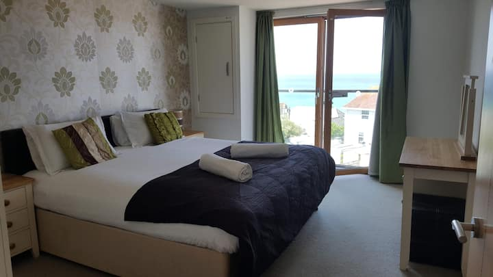 South Fistral Seabreeze seaview 2-beds apartment