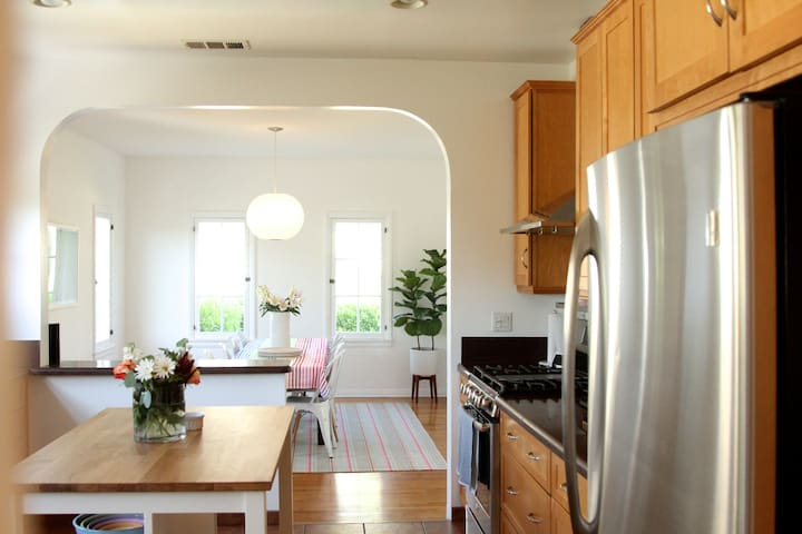 Sunny Silverlake Home - Los Angeles - Apartment