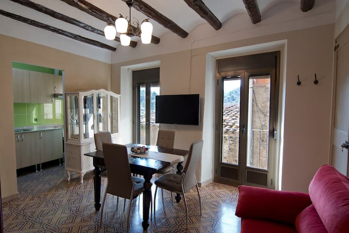 Ca La Garranxera: Cozy Apartment in Porrera