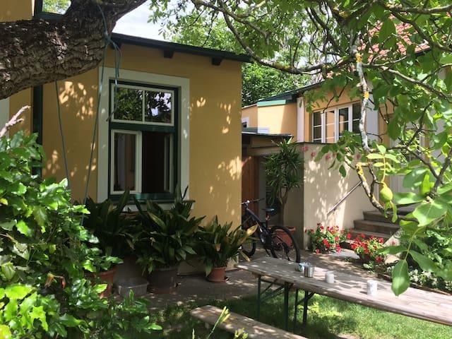 Urlaub im Grünen  Von der Stadt in den Garten