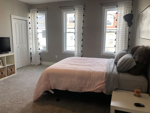 Spacious home walkable to all Lawrenceville spots
