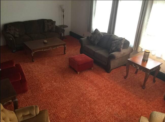 Cedars Cozy Suite