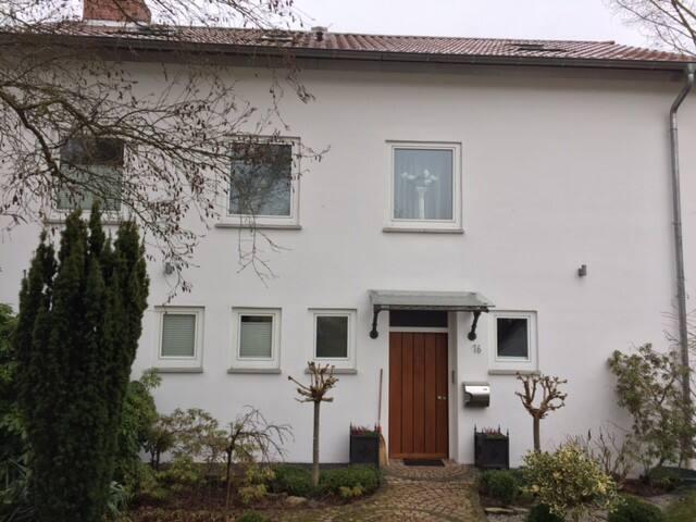 Privatzimmer mit Familienanschluss bei Homburg - Kirkel - Casa