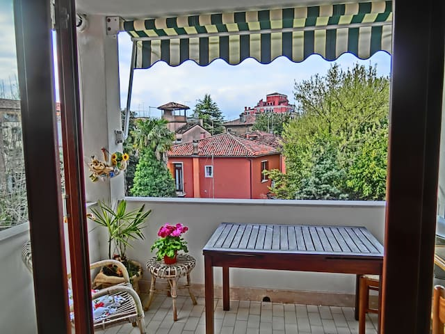 Airy & panoramic with garden*, 2 min. from the sea - Lido - Apartment