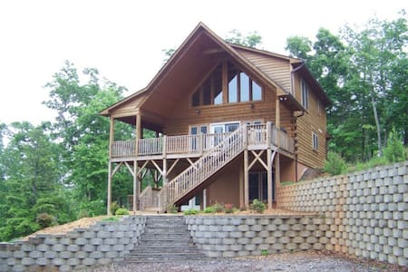 Heavens Gate - Carolina Properties - Lake Lure - Blockhütte