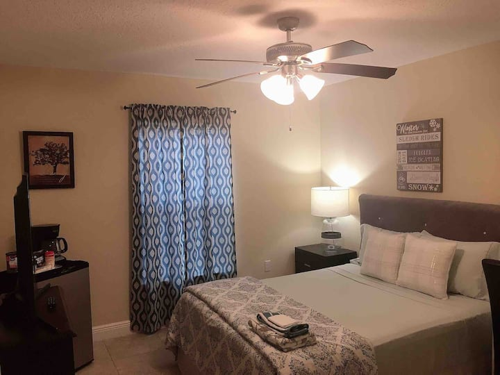Private room in Kissimmee