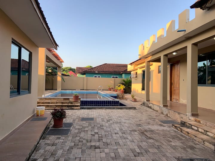 Chukwani C Home-with a Pool