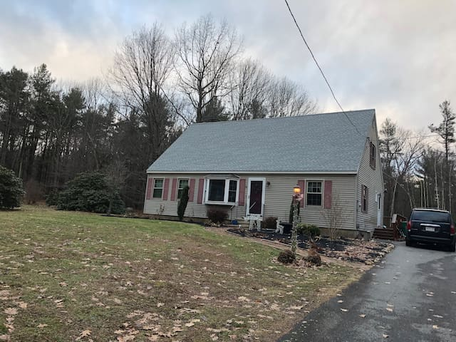Great family house!! Close to mount Wachusett!