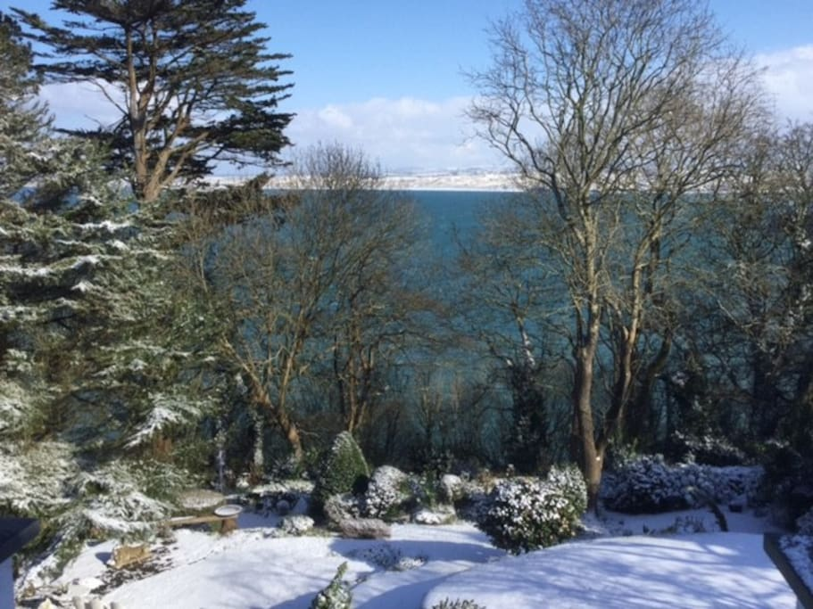 Snow is rare in St. Ives (2018)!