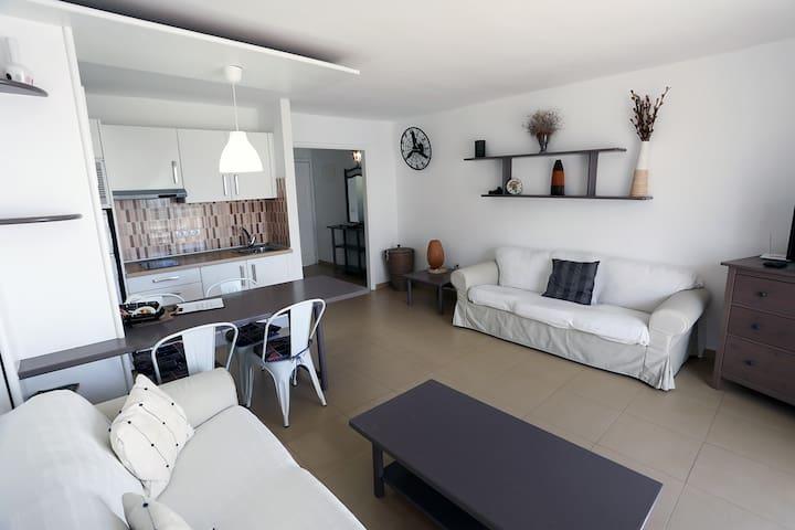 T246. Apartment in Costa Teguise.