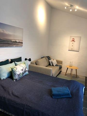 Hyggeligt værelse med plads til 3