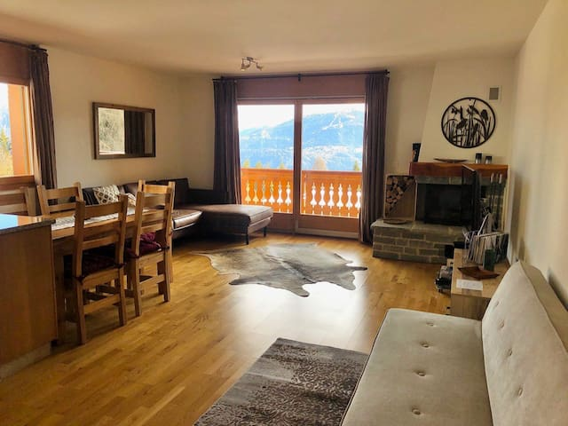 Stylish flat 500m from ski slopes in Crans-Montana