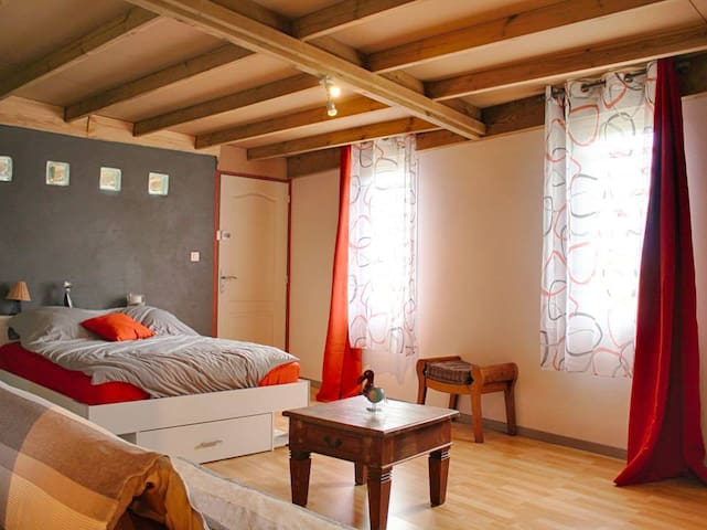 Enlèrlao, studio spacieux tout équipé - Saint-Paul - Apartemen