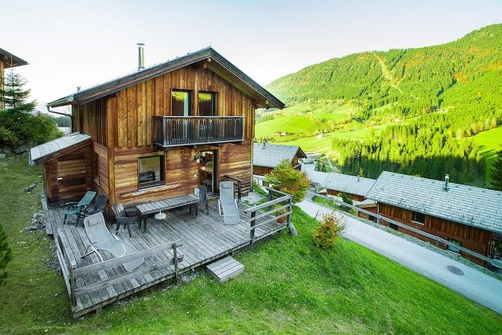 Ferienhaus für 4+2 Personen mit Pool R703