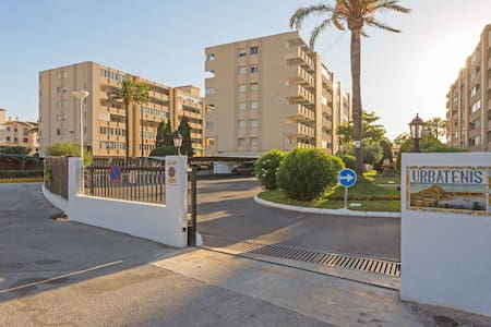 Holiday apartment next to the Arenal in Javea - Flat