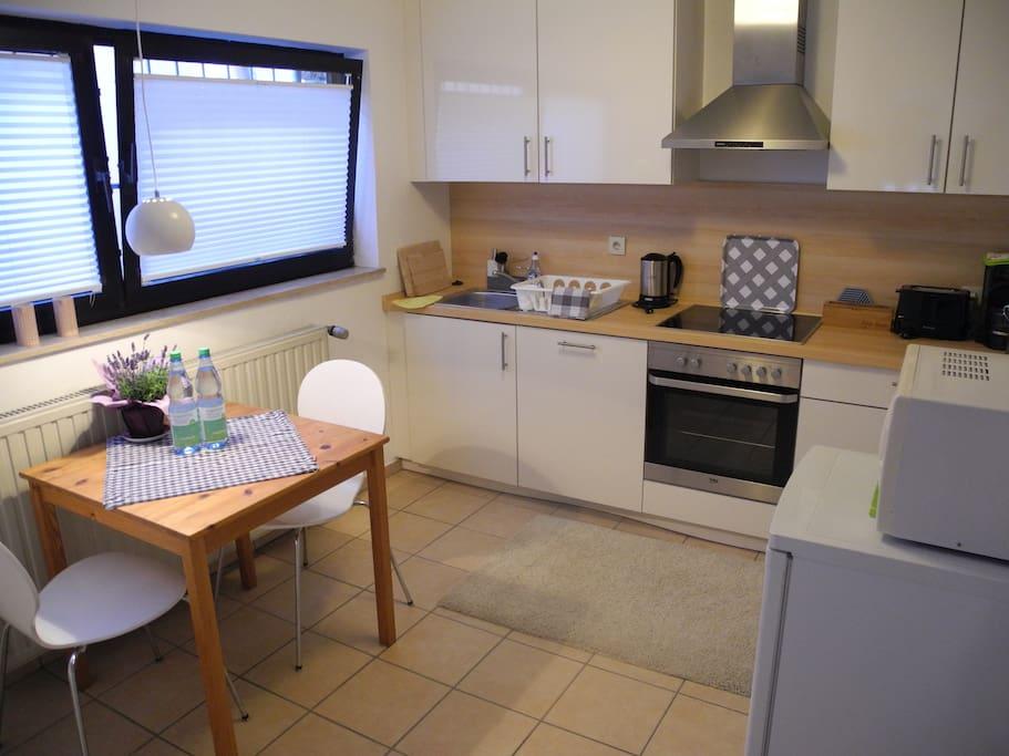 Wohnküche von 2015, vollständig ausgestattet