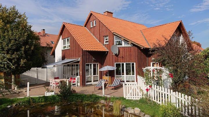 """Schönes Gästehaus """"Die Insel"""" Zimmer  4 km b Gö"""