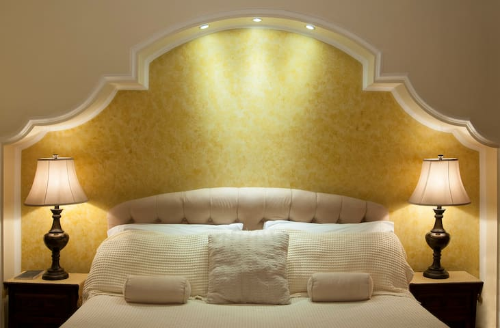 Villa Toscana  Bed & Breakfast
