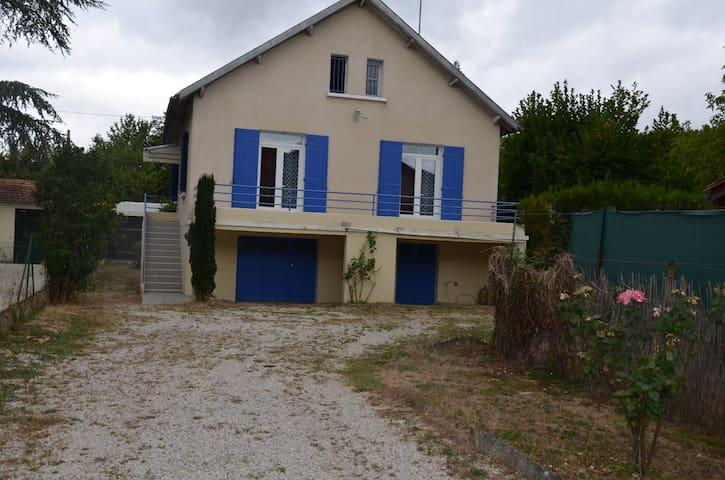 Maison de vacance dans le centre du périgord - Sarliac-sur-l'Isle