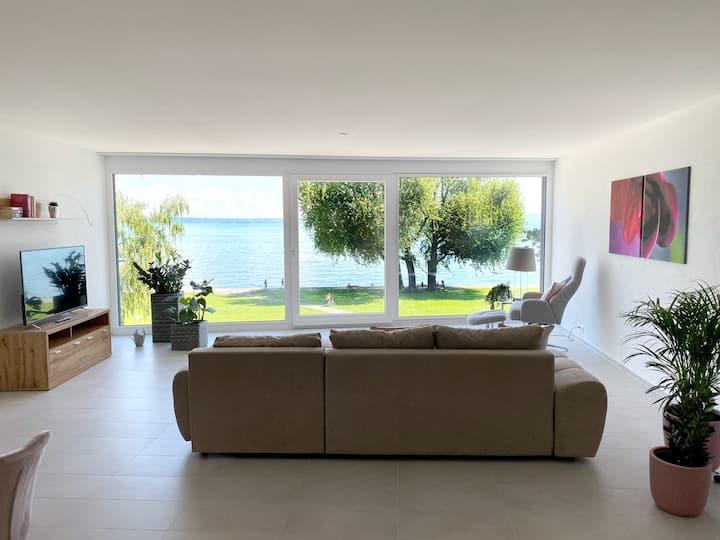 Luxuriöse Ferienwohnung direkt am Bodensee