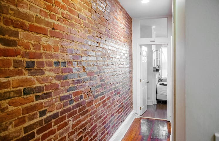 Wonderful two-bedroom apartment next to JHU