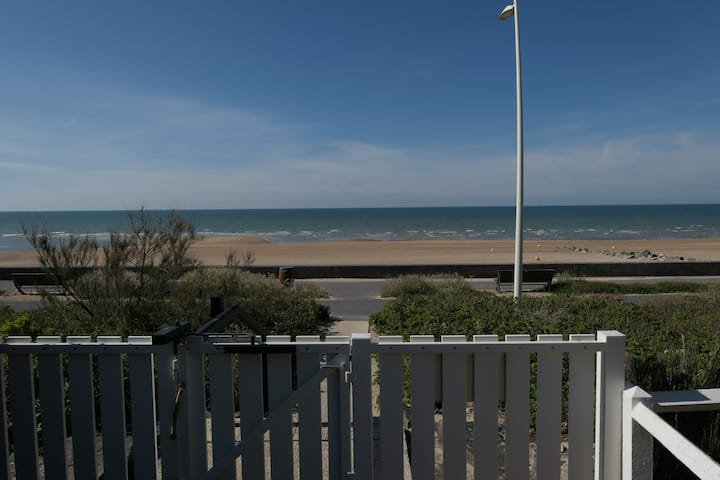 Appartement à Cabourg face mer avec piscine tennis