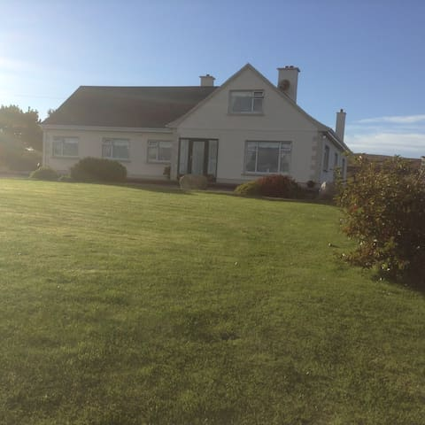 Fáilte BnB - County Galway - Huis