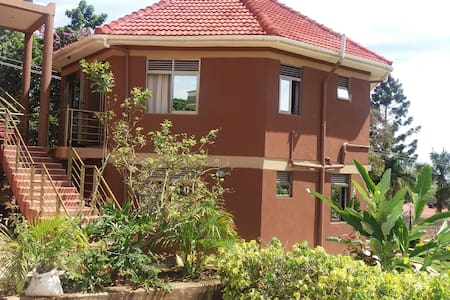 Santa Maria Health Club and Apartments - Entebbe