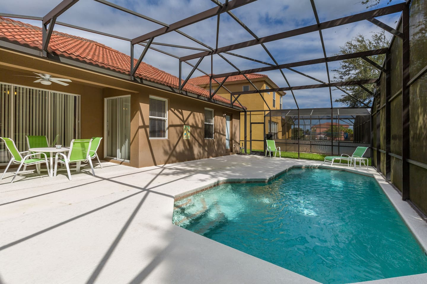 Casa espetacular perto da Disney - Houses for Rent in Kissimmee ...