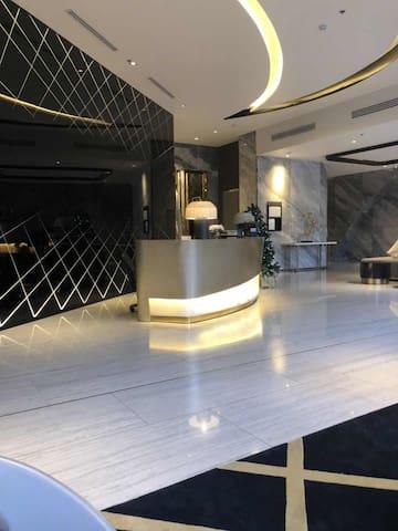 Central Bangkok luxury condominium-27