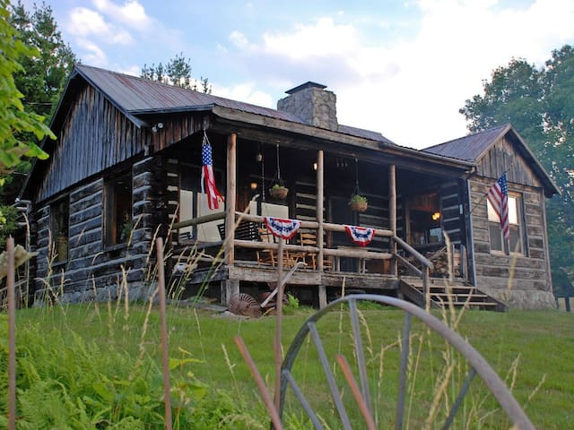 Rustic Log Cabin with Spectacular Views - Independence - Cabane