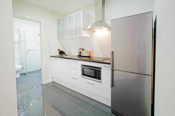 Cardiff - One Bedroom Apartment