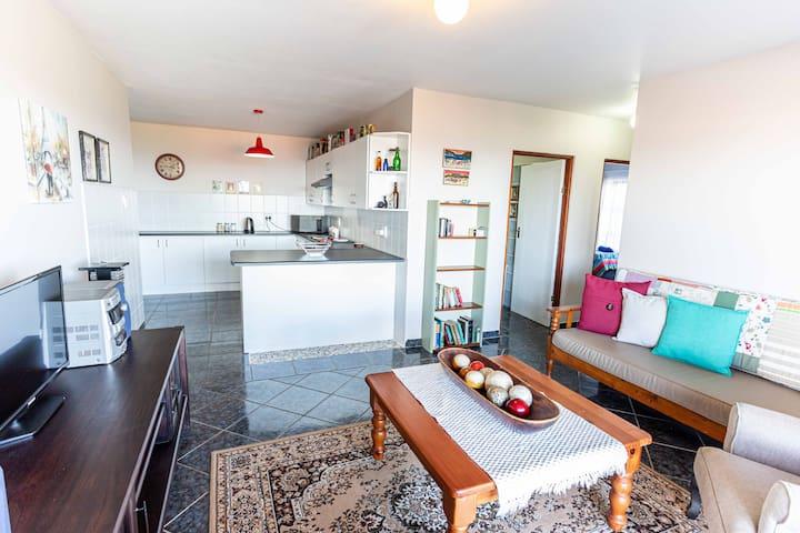 2 Bedroom Holiday Flat in Dana Bay