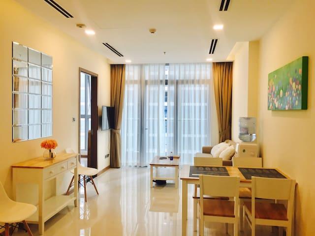 Brand New 2BR Apartment - Ho Chi Minh - Apartament