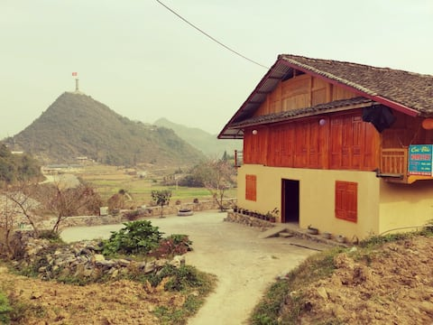 Lũng Cú Home with a View