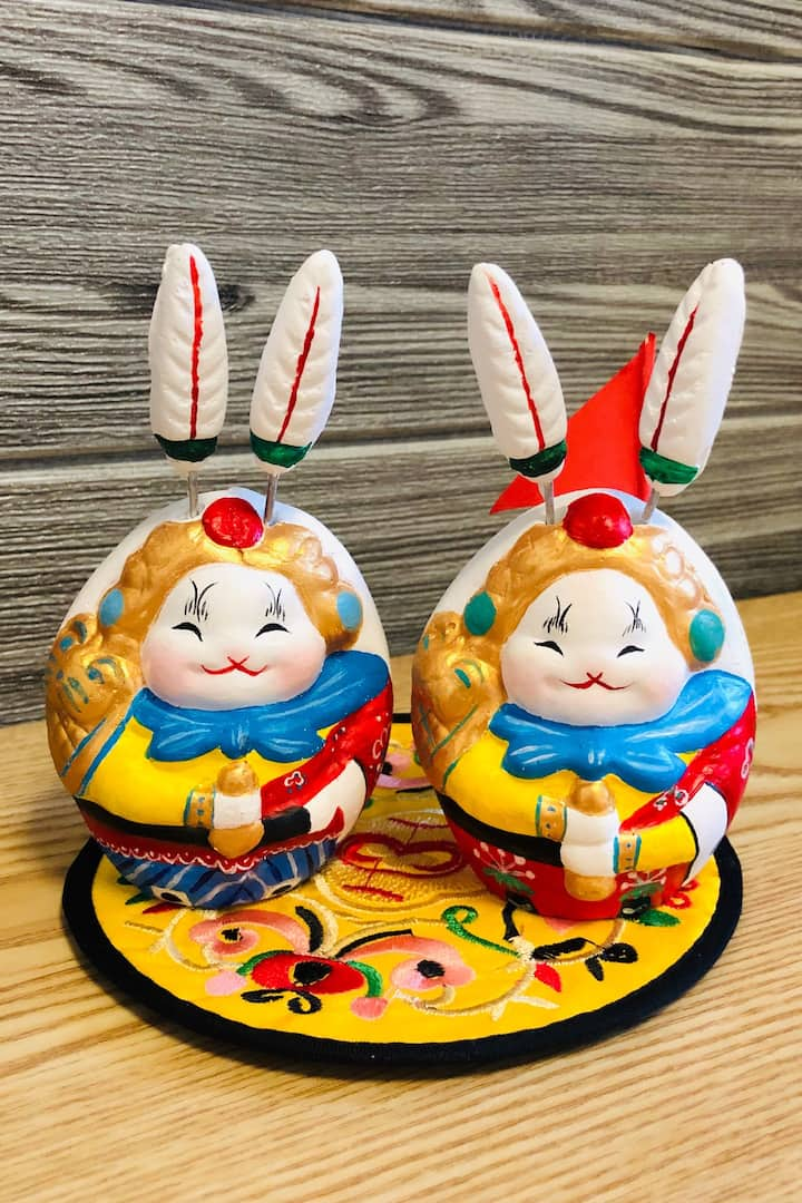 兔儿爷是北京最具代表性、也是北京人特有的民俗文化符号。